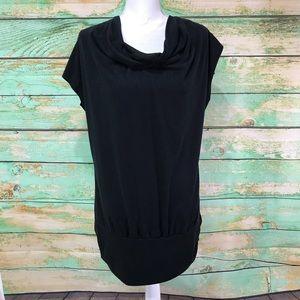 Torrid Size 1 Black knit blouse scoop back long